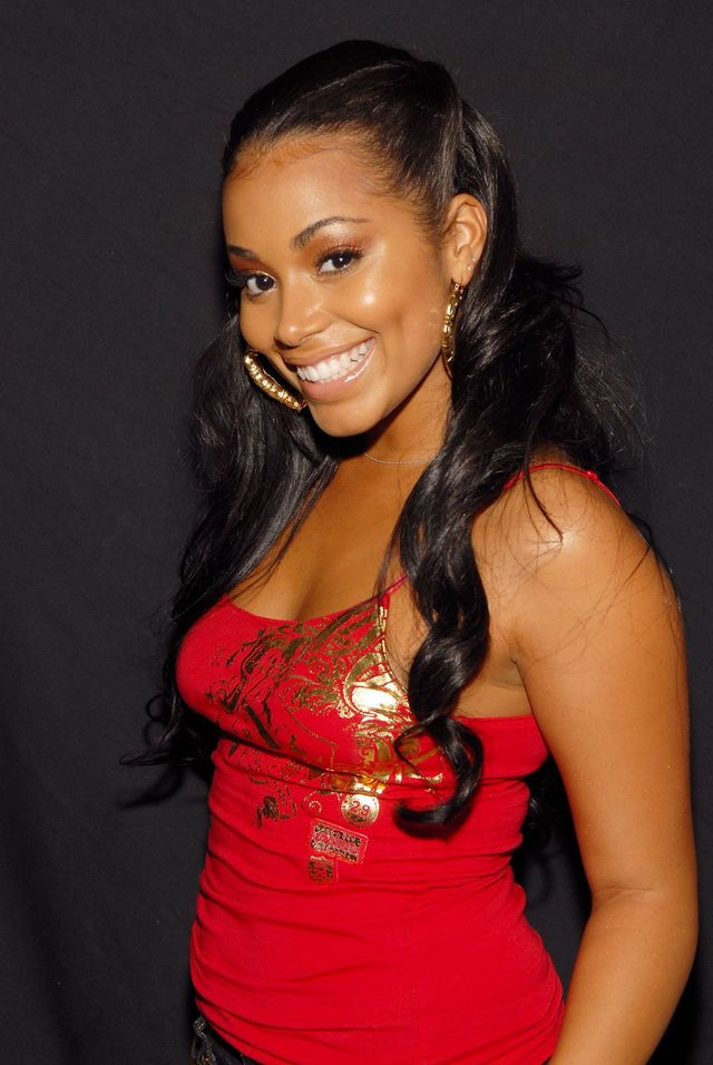 Lauren London ( Actress) Still wearing the same Brazilian hair shown ...
